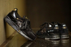 "Asics GEL LYTE V ""Black & Gold"""