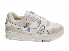 Louis Vuitton Trainer Sneaker Beige/White