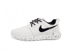 Nike Roshe Run White/Black