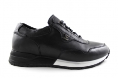 Louis Vuitton Run Away Sneaker Black Leather/White