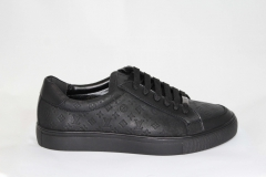 Louis Vuitton Low Sneaker Black Leather