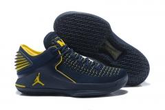 Air Jordan XXXII (32) Low Michigan