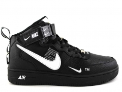 Nike Air Force 1 Mid '07 LV8 Utility Black/White (с мехом)